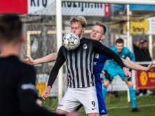 Wout Blasman velt AZSV met hattrick en schiet Silvolde naar halve finale Achterhoek Cup. Ook VVG'25 en OBW  naar laatste vier