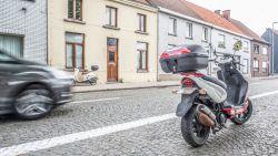 Man verongelukt bij oversteken van de Beaucarnestraat in Ename