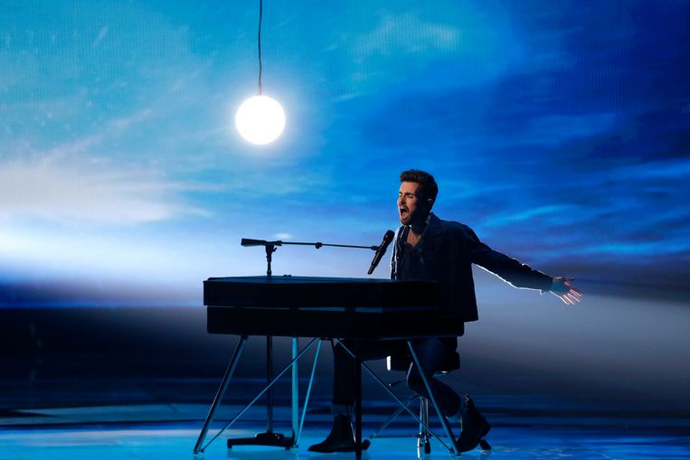 Duncan Laurence op het Songfestival. Beeld EPA