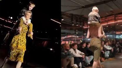 Belgisch model Hannelore Knuts neemt zoontje mee op catwalk