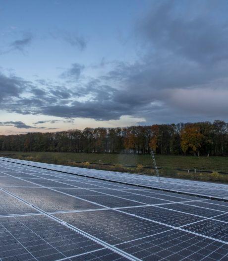 Lochem stopt voorlopig met verlenen vergunningen voor grote zonneparken