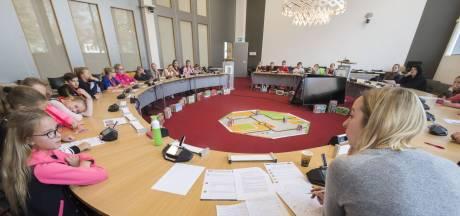 Kinderen aan de macht in Twenterand: 'Ik dacht dat politiek saai was'