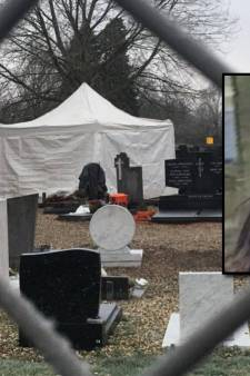 'Moordenaar legde studente Tanja Groen (18) in leeg graf', grote operatie op begraafplaats