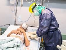 Enfin un recul dans les contaminations, mais une hausse des admissions à l'hôpital et des décès