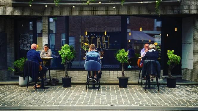 """Bacari Foodbar brengt origineel afhaalmenu: """"Wij willen het restaurantgevoel naar de mensen thuis aan tafel brengen"""""""
