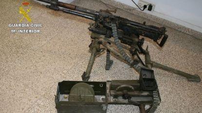 Spaanse politie betrapt Nederlands echtpaar met oorlogswapens in auto