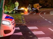 Pizzakoerier aangereden op rotonde in Zeist
