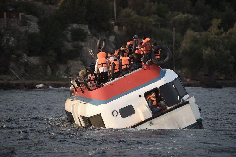 Ongelukken met vluchtelingen hebben in de Egeïsche Zee bij Griekenland tientallen slachtoffers geëst. Beeld anp