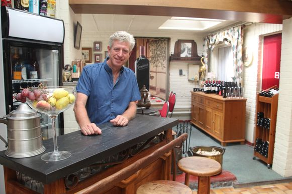 Geert D'haese start het kleinschalige Wine & co langs Halfbunder.