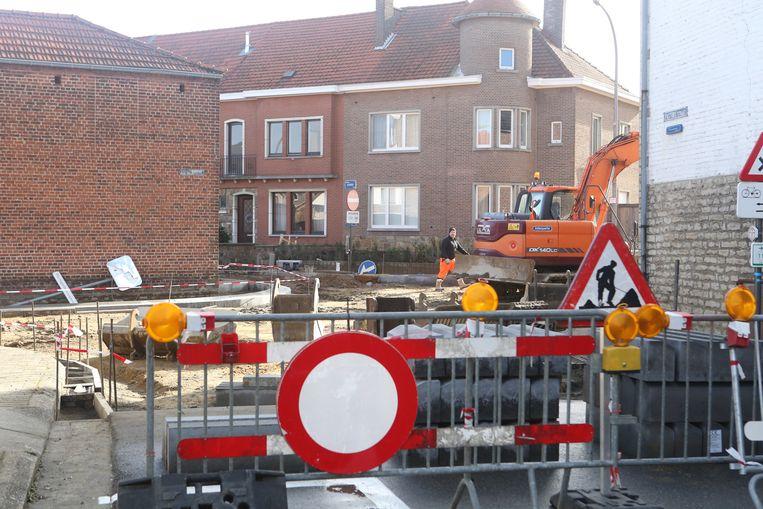 HOEGAARDEN-werken kruispunt