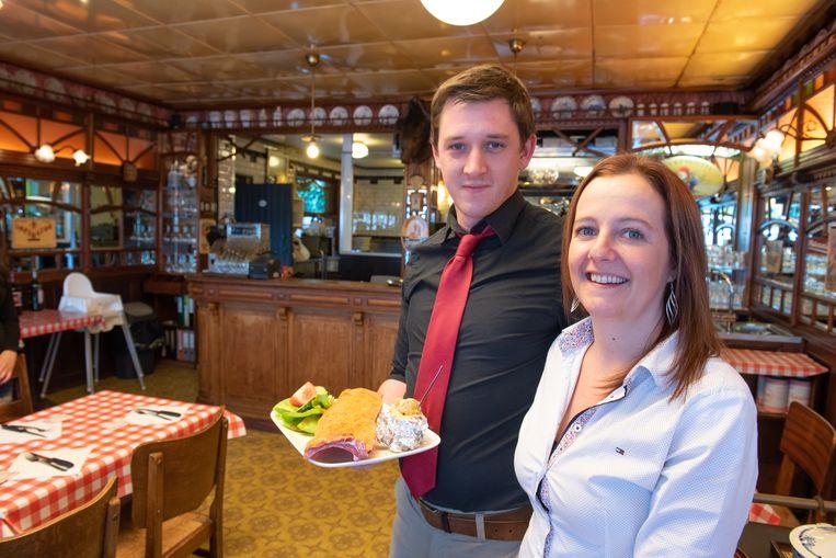 Matthias Van Landeghem en Lies Vercruysse zijn de nieuwe uitbaters van het ribbetjesrestaurant.