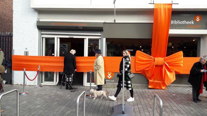 De bieb van Schijndel is voorlopig gevestigd in het oude winkelpand aan Hoofdstraat 90.