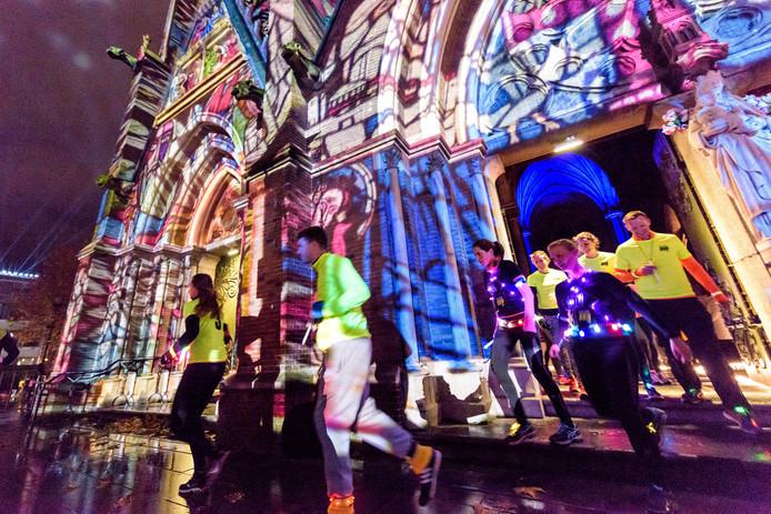 Archieffoto van de Glow Run in Eindhoven.