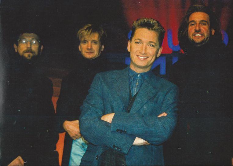 De Midnight Group in de Soundmixshow met presentator Bart Kaëll.