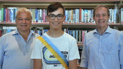 Na tien meisjes voor het eerst een jongen: Mauro (15) is de nieuwe kinderstadsdichter