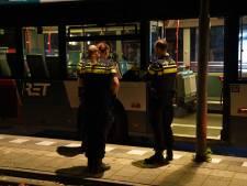 Zwaargewonde bij steekpartij op Zuid: zes jongeren tussen de 14 en 17 jaar aangehouden