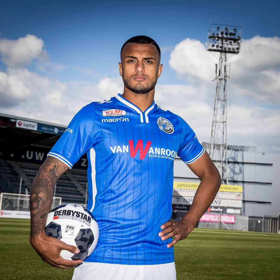 Mario Bilate in het tenue van FC Den Bosch.