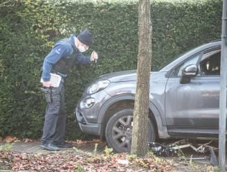 Meisje (15) zwaargewond nadat ze op weg naar school door auto aangereden wordt