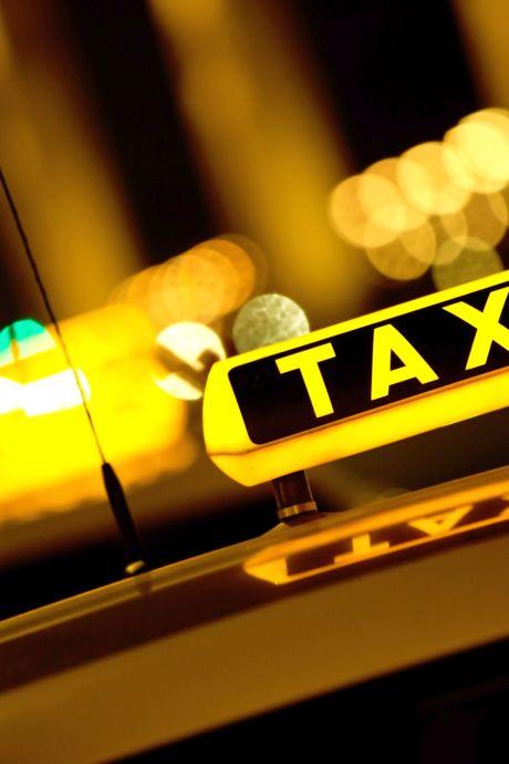 Verstandelijk beperkte vrouw: Taxichauffeur wilde mij niet thuisbrengen voordat ik hem oraal had bevredigd