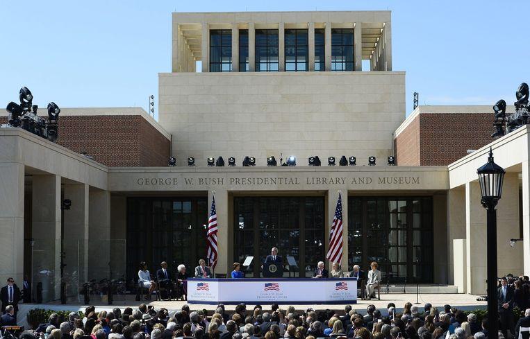 Ook oud-president George W. Bush kreeg een bibliotheek, gevestigd in Dallas, Texas. Beeld epa