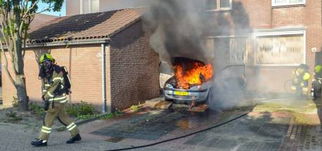 Papendrechtse autobrand snel geblust