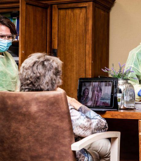Situatie verpleeghuis Rembrandt stabiel, alle medewerkers uit voorzorg mondkapjes op