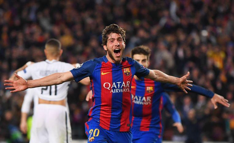 Sergi Roberto loopt juichend weg en wordt nadien bedolven onder zijn ploegmaats. De 'remontada' is een feit.