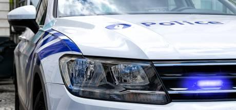 """Politie Gent controleert op zwaar vervoer en stelt 15 overtredingen vast bij 15 transporten: """"Boetes zijn zwaarder want gevolgen kunnen groter zijn bij ongeval"""""""
