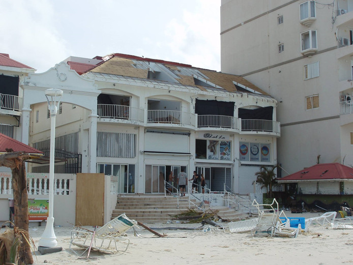 Het restaurant na de storm.
