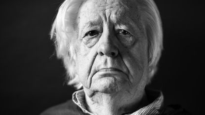 Ereburger Karel Mechiels overleden