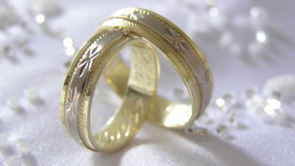 Vergissing: trouwambtenaar staat in Kapelle, bruidspaar in Capelle