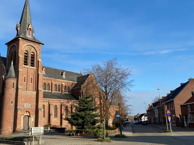 """Vrouw vlucht naakt kerk binnen na zoveelste partnergeweld: """"Een man die zijn vrouw niet slaat, is geen echte man"""""""