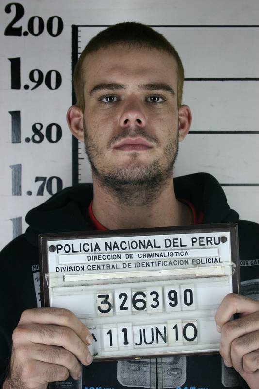 Joran van der Sloot bij zijn aanhouding in Peru, in juni 2010