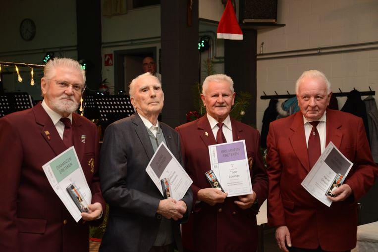 De vier zijn samen 265 jaar actief in de fanfare.