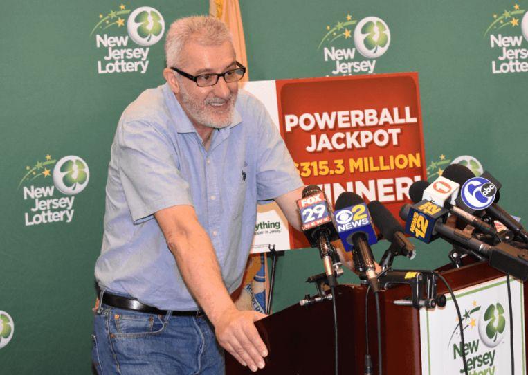 Nieuwbakken multimiljonair Tayeb Souami kan met 183 miljoen zijn geluk niet op