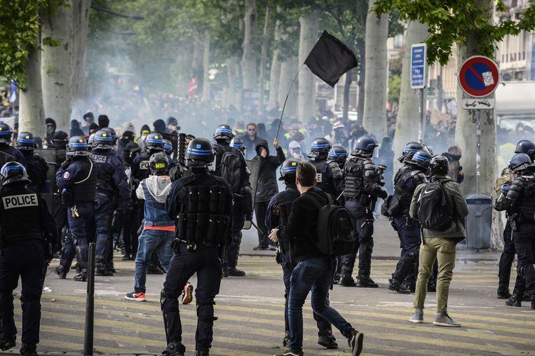 In Lyon kwam het tot rellen.