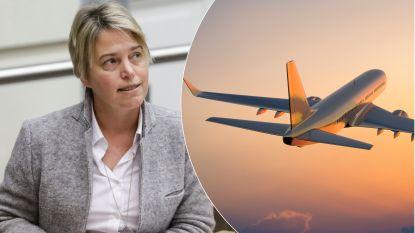 Het debat: moeten vliegtickets duurder worden om het milieu te redden?