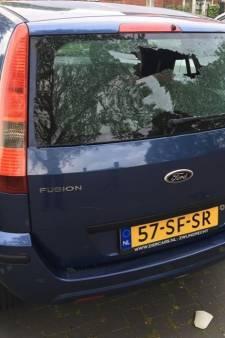 Vandalen slaan toe in Alblasserdam: meerdere auto's vernield