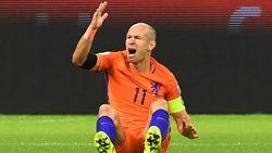Geen voetbalmirakel voor Nederland: Oranje mag ondanks twee treffers Robben niet naar WK
