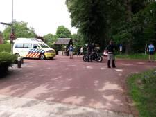 Motorrijder gewond bij botsing op Groesbeekseweg