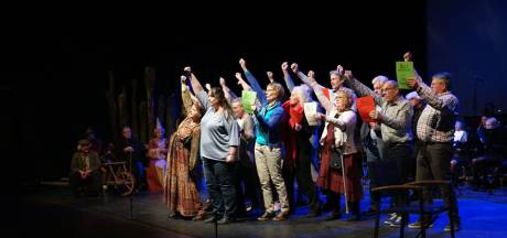 In Hilvarenbeek is opera licht verteerbaar: staande ovatie voor De Canon