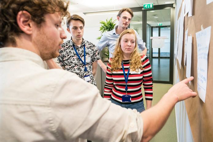 Op welke manier kan de gemeente Den Bosch verduurzamen? Dat was het centrale thema van de hackaton die Essent donderdag voor vijftig medewerkers hield.