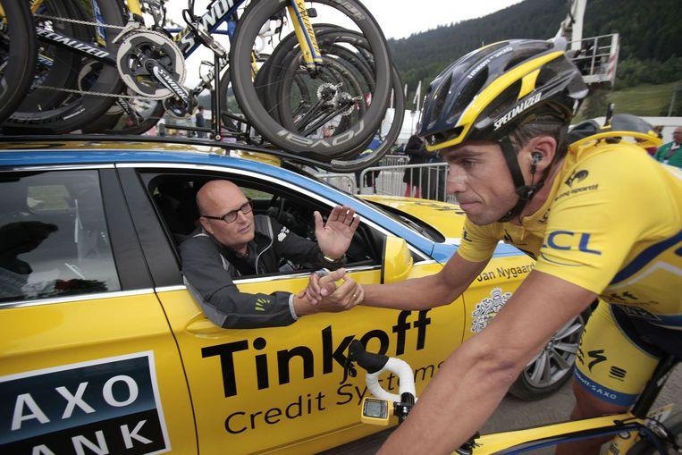 O líder da equipe da Tinkoff-Saxo, Bjarne Riis, com Alberto Contador.