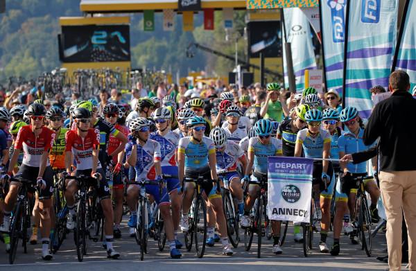 Geweldige overwinning van Annemiek van Vleuten in La Course