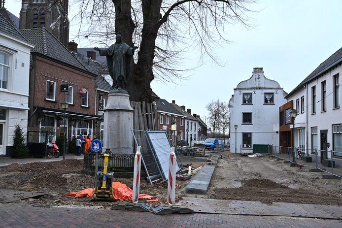 De Cuijkse Maasstraat, toen die vorig jaar werd vernieuwd.
