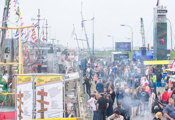 Er was van alles te doen in de haven van Tholen tijdens de Havendagen.