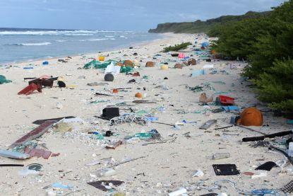 Uitgelekte brief bewijst dat Coca-Cola, Danone, Nestlé en PepsiCo niet tot uiterste willen gaan in strijd tegen plasticvervuiling