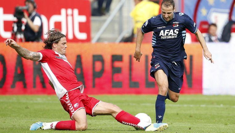 Roy Beerens van AZ komt niet langs Dave Bulthuis van Utrecht Beeld pro shots