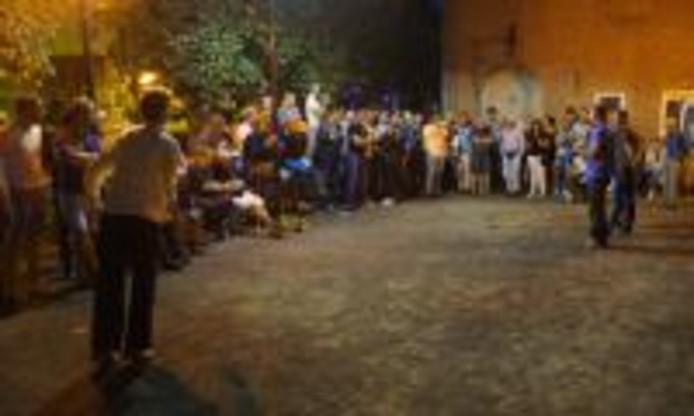 Het jeu des boulestoernooi in Esch trekt steeds meer boulers. Zaterdag 16 september is het dorp weer in de ban van liefst 880 spelers die op 220 banen een balletje gooien.