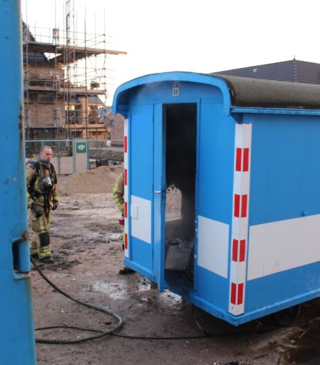 Brand verwoest inhoud van mobiele bouwkeet in Rijswijk